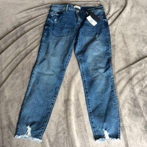 Buffalo David Bitton Jeans - NWT Buffalo David Bitton Faith Frayed Hem Jeans
